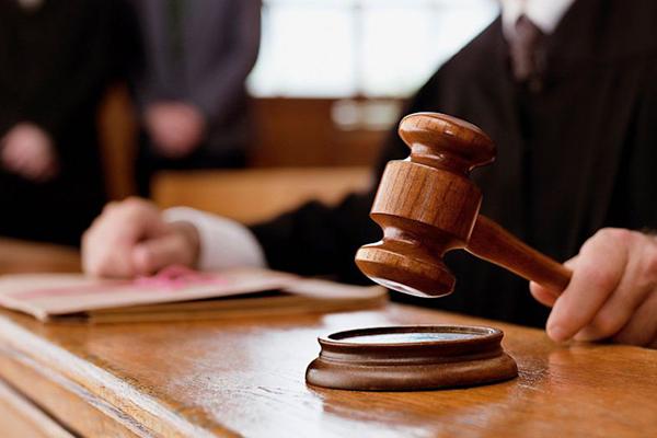 Бизнесмен за неуплату налогов оказался на скамье подсудимых