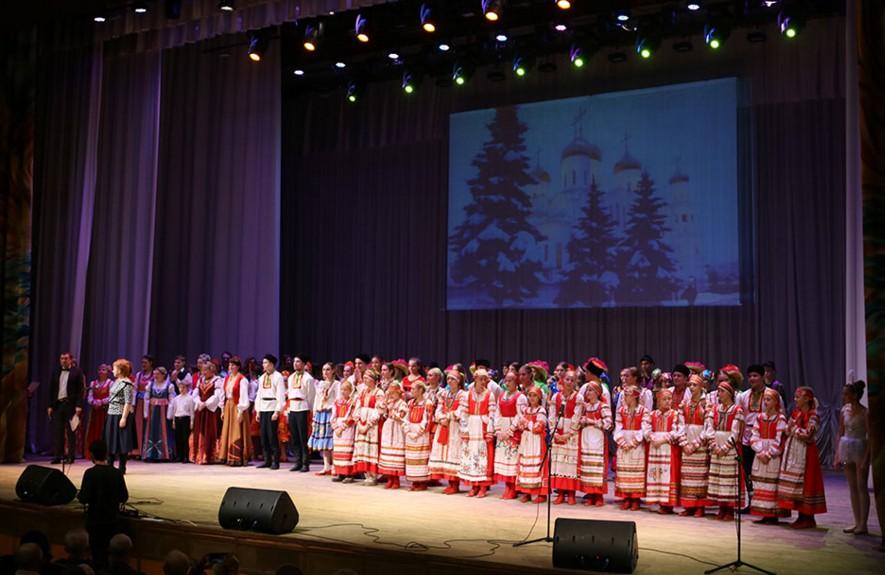 Лучшие исполнители Брянска дали Рождественский концерт