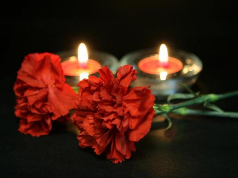 Картинки цветы свечи траур
