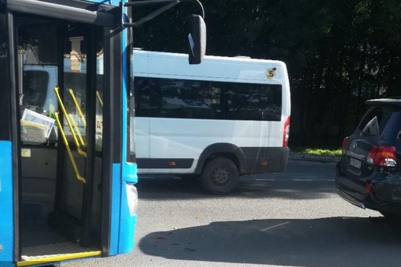 автобус брянск орел автовокзал где взять деньги срочно на карту без отказа если везде мфо отказывают