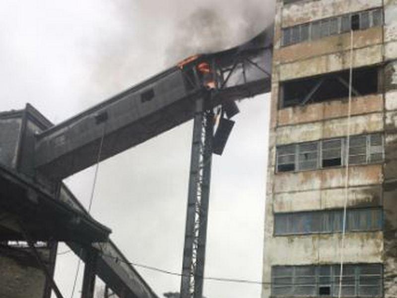 Элеваторы брянская работницу птицефабрики зажевал и перемолол конвейер видео