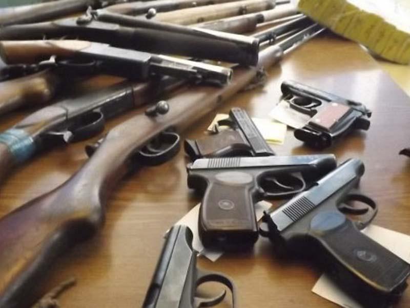Жителям Брянской области выплачено более 500 тыс. рублей за добровольную сдачу оружия