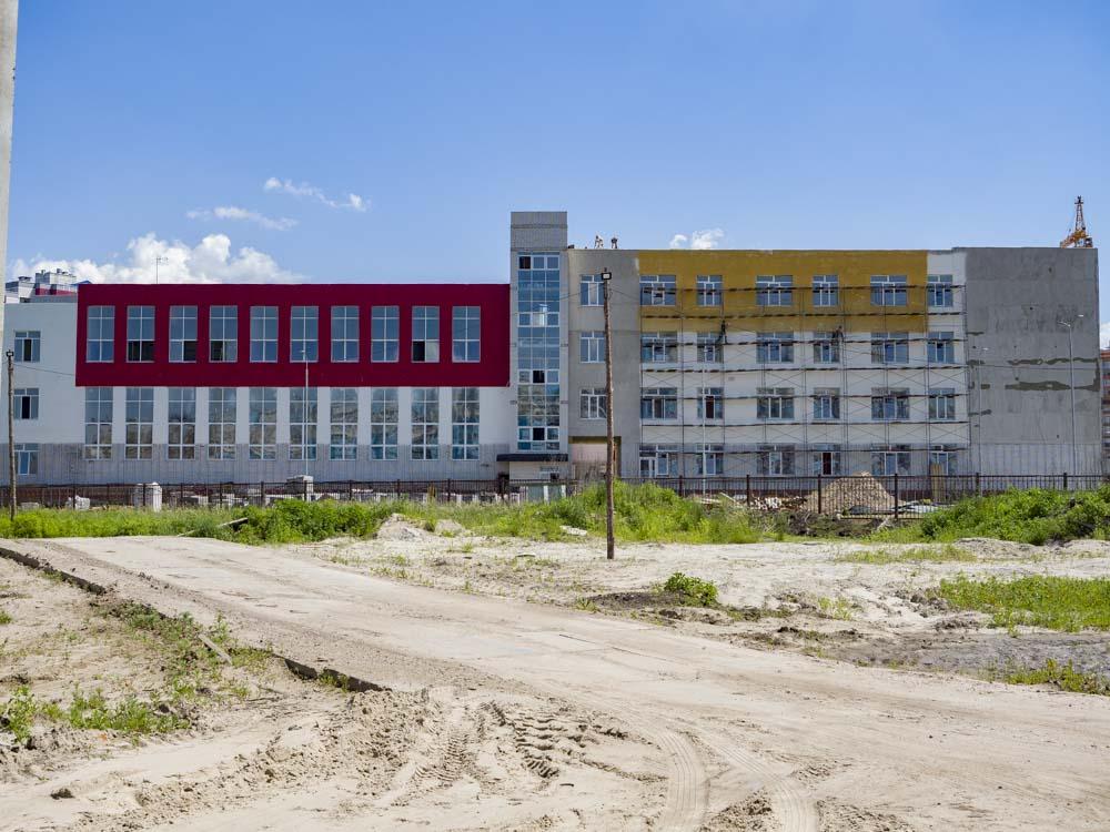 В Брянске для новой школы №71 проведут дорогу по улице Горбатова