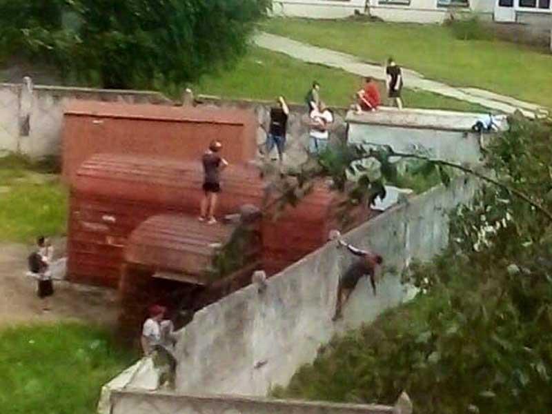 В Брянске заметили смертельно опасные игры детей