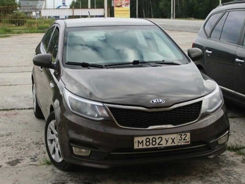 В Брянске ночью угнали автомобиль «Kia»