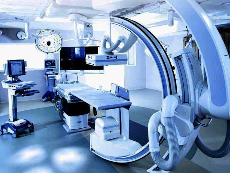 В брянские больницы для борьбы с коронавирусом закупят оборудование на 100 млн рублей