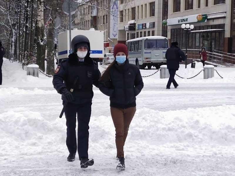 «Лыжня России – это не толпа»: Трапезникова пыталась найти логику отмены Масленицы