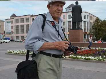 В Брянске простятся с фотохудожником Николаем Романовым