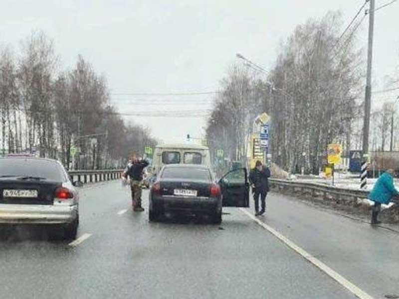 Произошла авария на въезде в брянское село