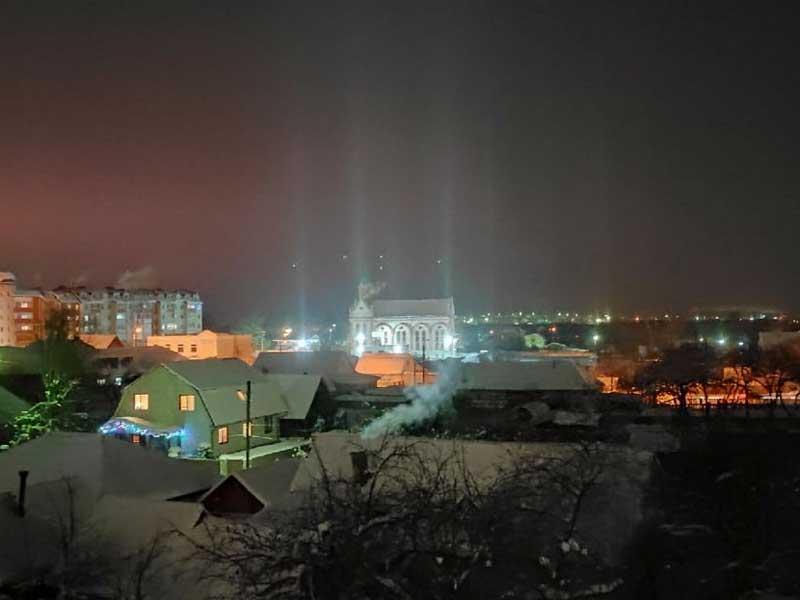 Световые столбы наблюдали жители Брянска 18 января