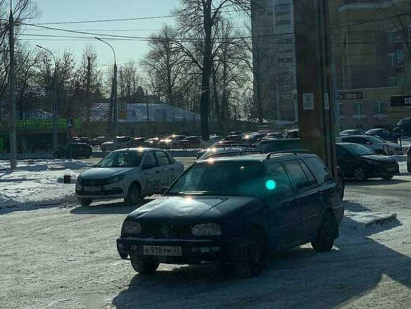 В Брянске возле «Макдональдса» устроили охоту на водителей