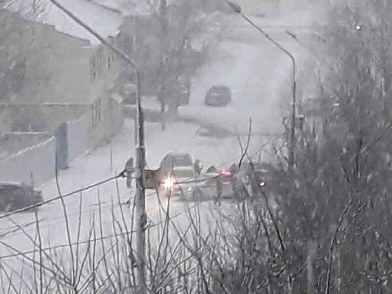Массовое ДТП произошло на улице Горького