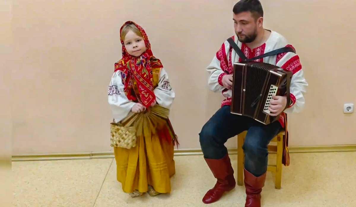 Юную брянскую вокалистку Мелану соперники по конкурсу обвинили в накрутке голосов