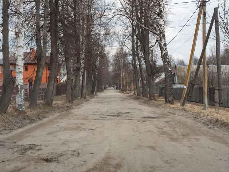 Жители посёлка Белые Берега негодуют от весеннего состояния дорог