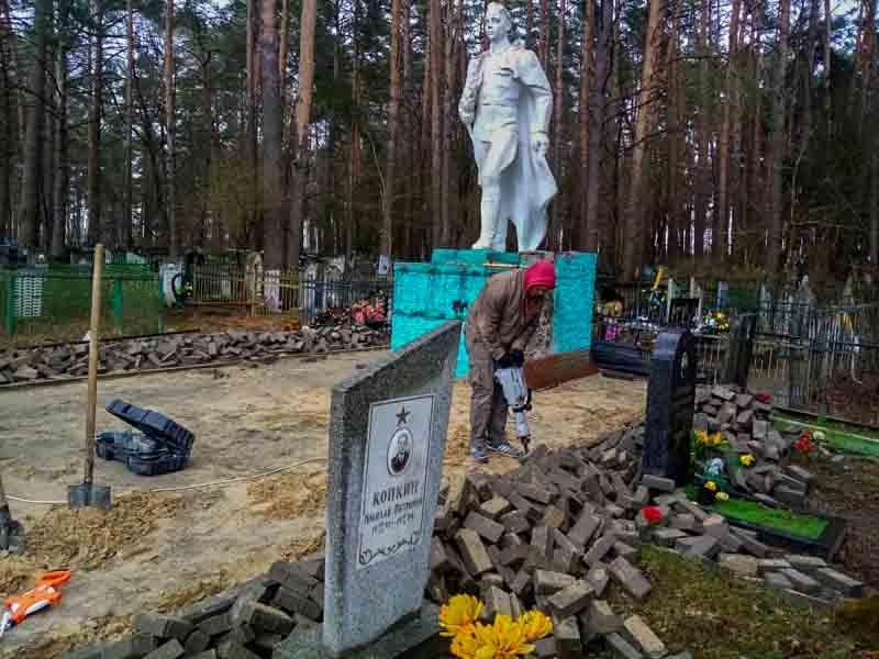 В Жуковке начали готовиться к майским праздникам